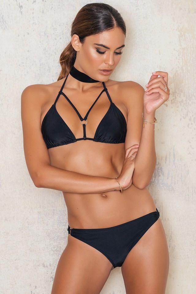 Dół bikini z metalowym kółeczkiem Black