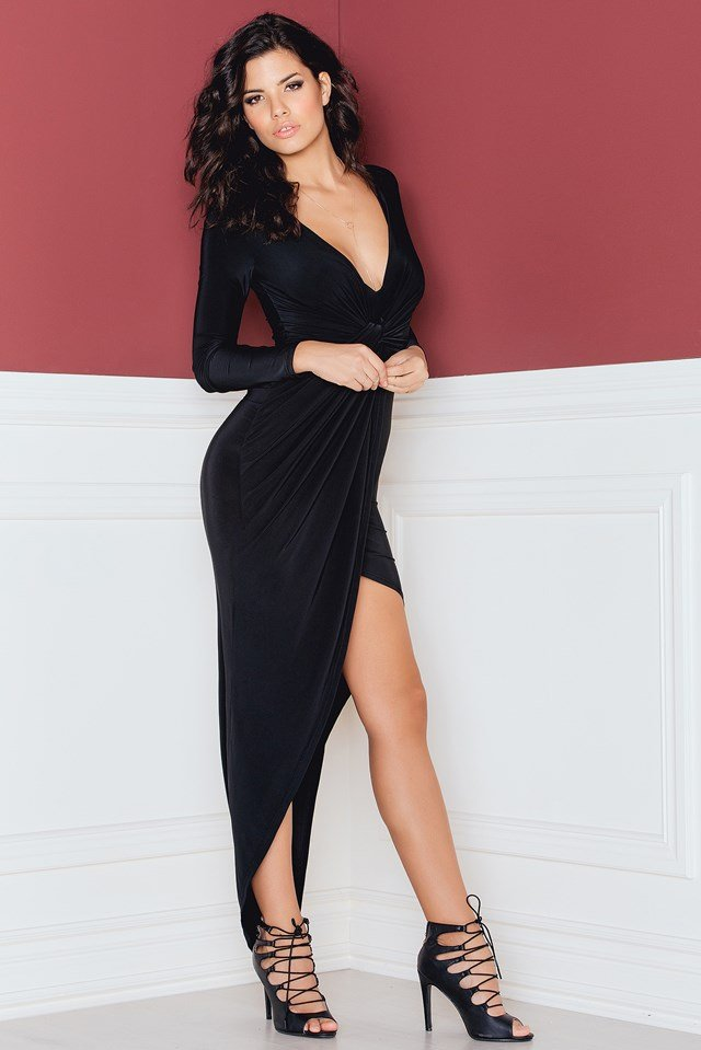 Knot Front Detailed Maxi Dress Black