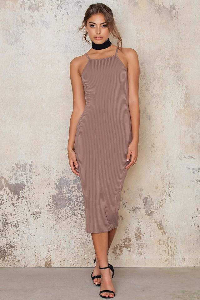 Best In Show Ribbed Midi Dress Mocha