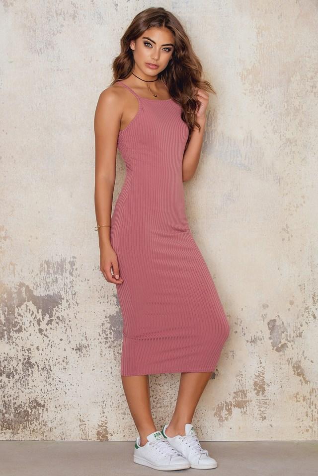 Best In Show Ribbed Midi Dress Raspberry