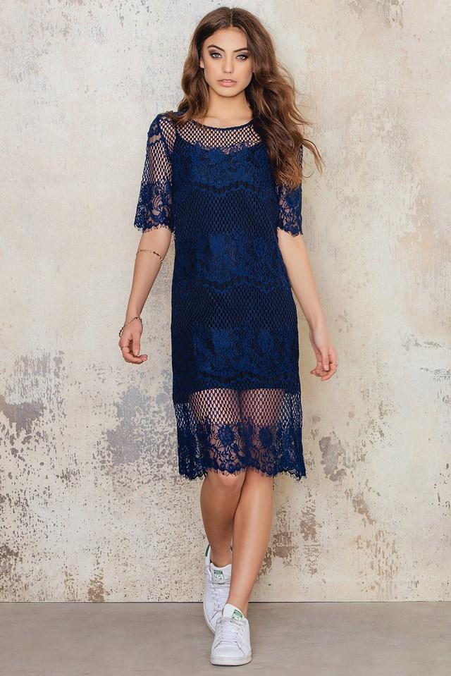Koronkowa sukienka midi Dark Blue