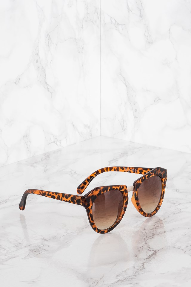 Edgy Turtle Sunglasses Leopard