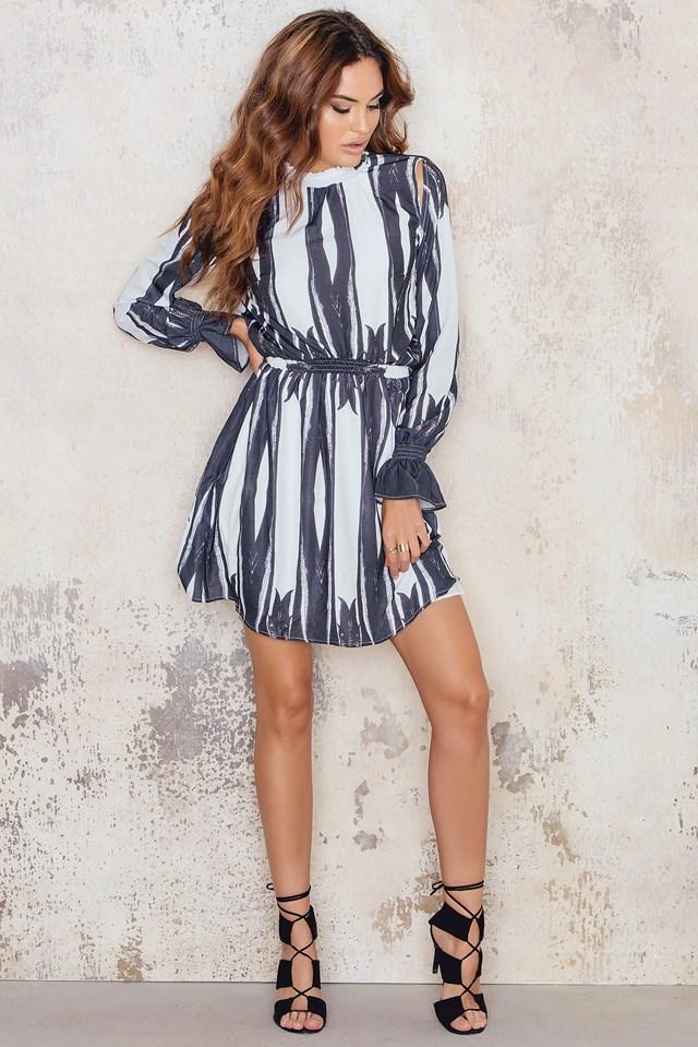 Sukienka Sella Black/White Print