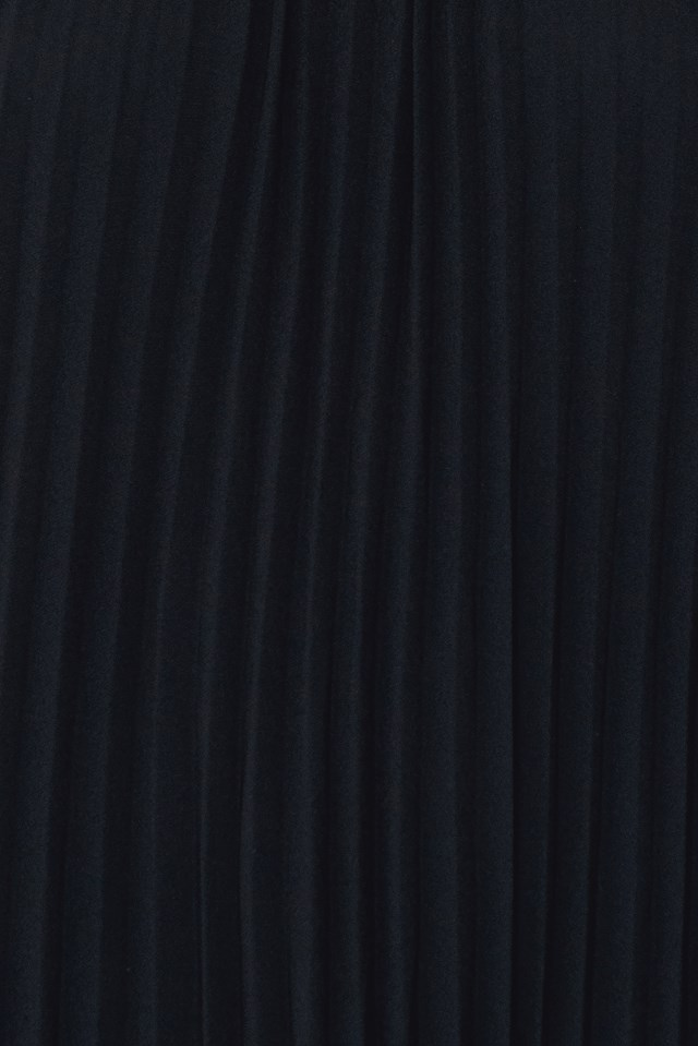 Pleated Chiffon Cross Strap Dress Black