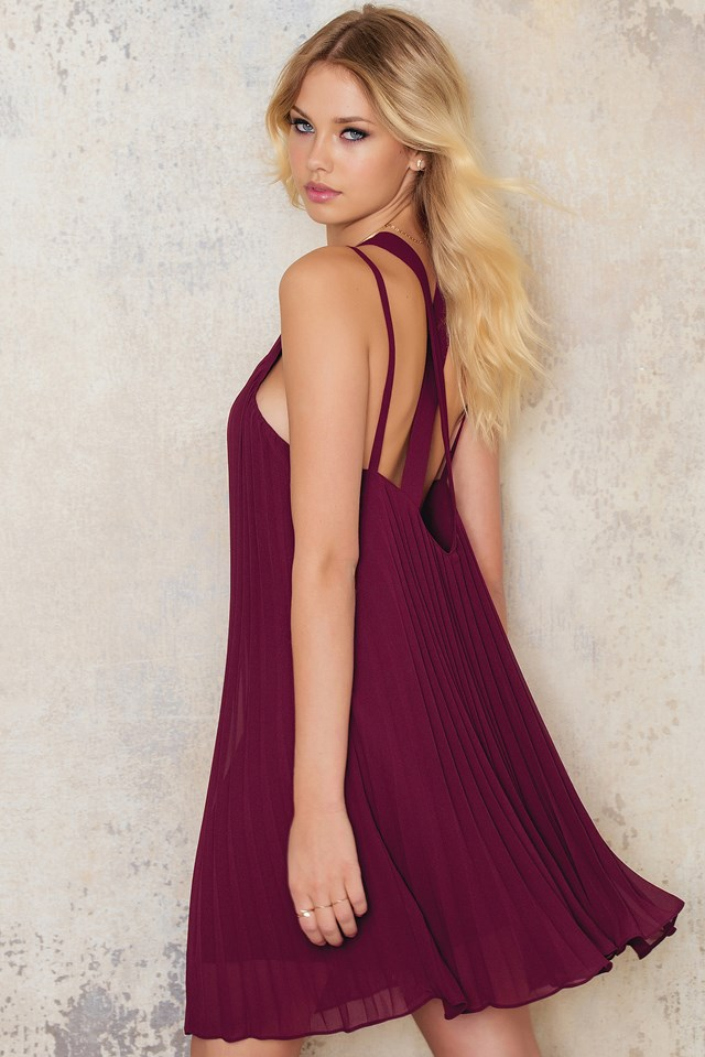 Pleated Chiffon Cross Strap Dress Wine Red