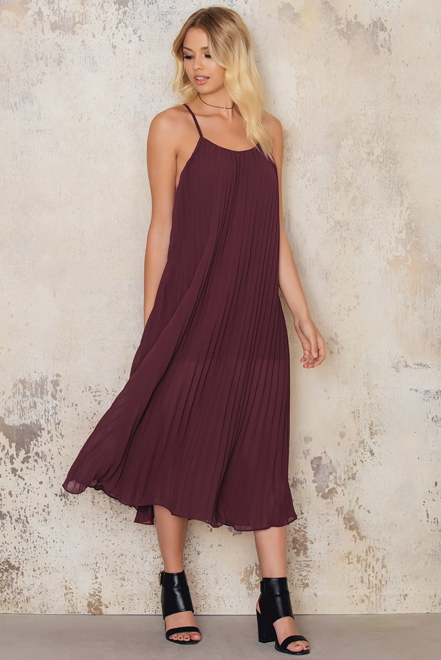 Pleated Chiffon Strap Midi Dress Wine Red