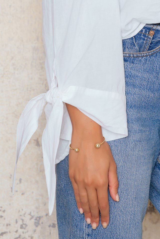Off Shoulder Knot Blouse White