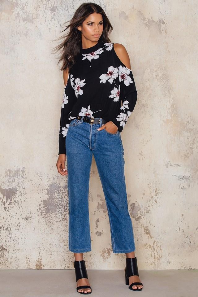 Sonya of shoulder blouse Black Comb