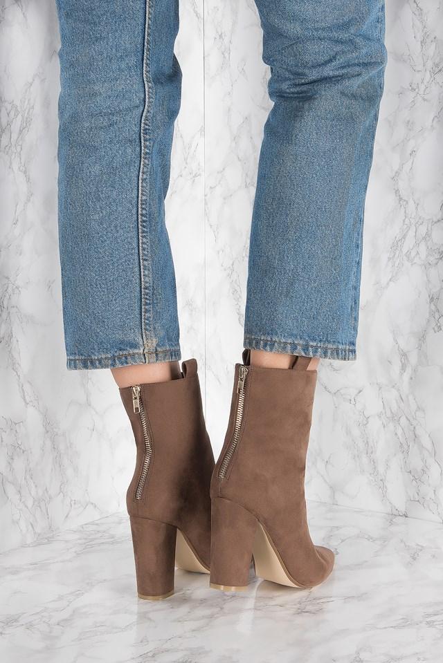 High Loop Boots Brown