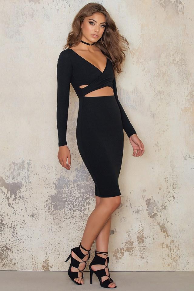 Bombshell Wrap Dress Black