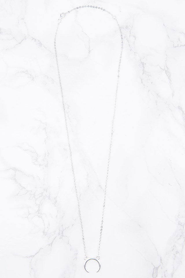 Crescent Necklace Silver