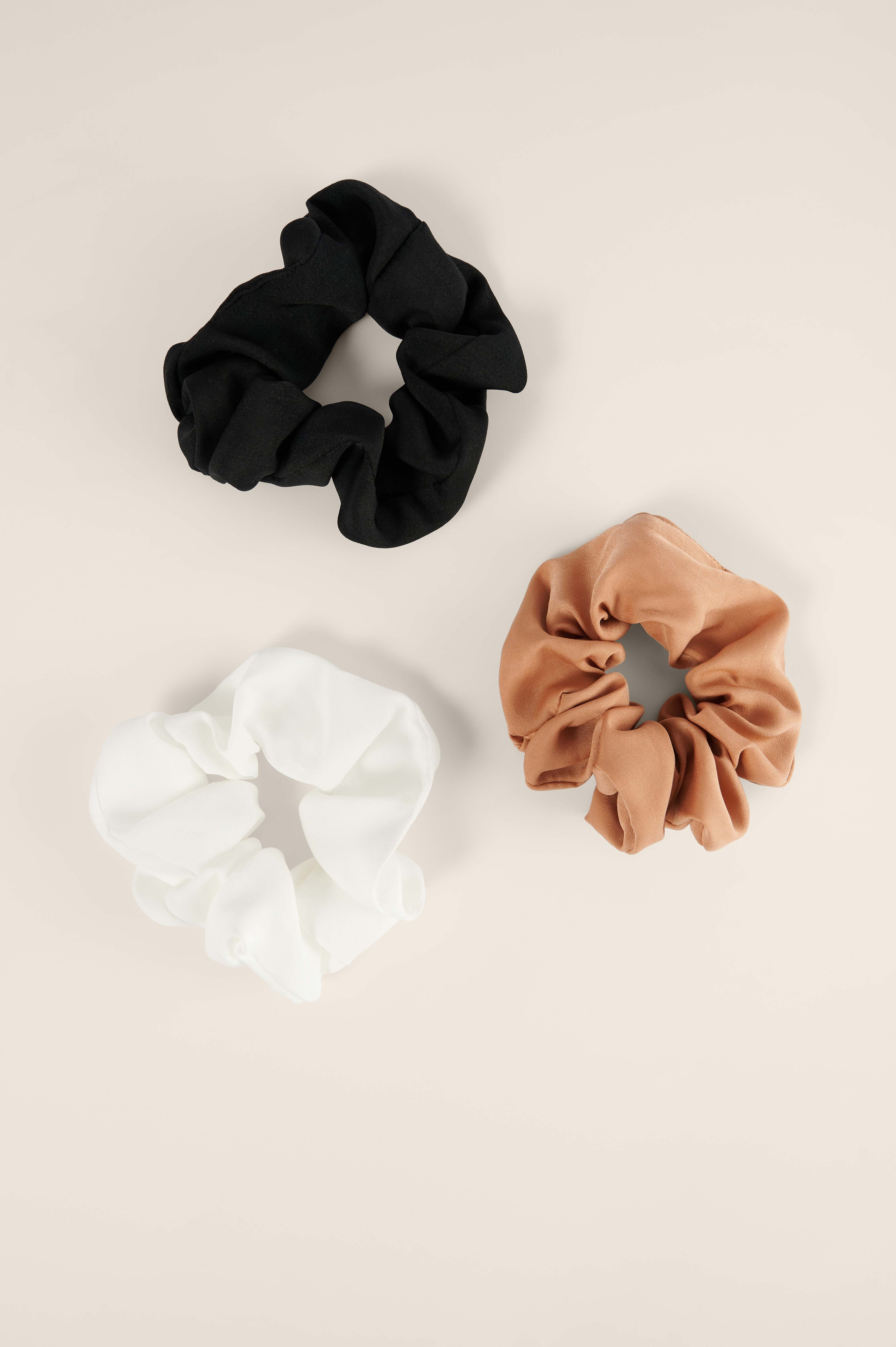 Curated Styles Scrunchies - Multicolor