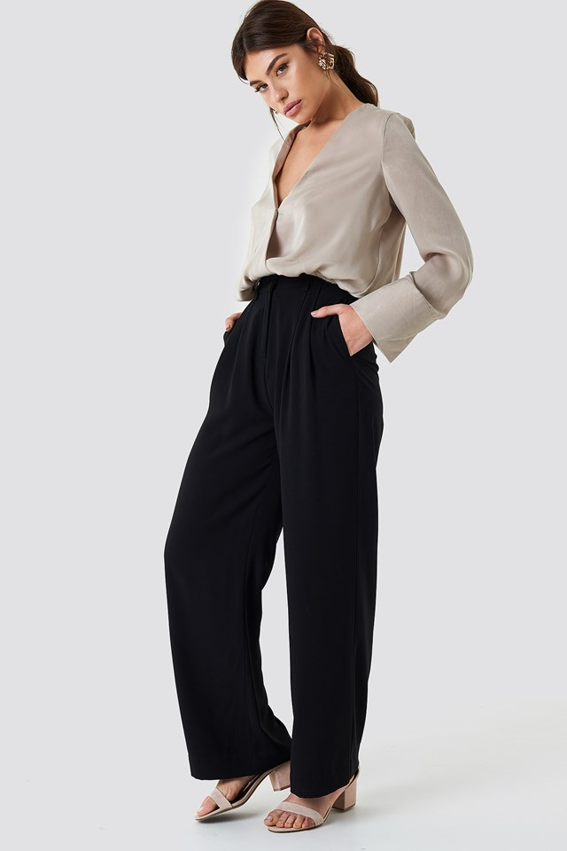 Neutral Look with Black Trousers