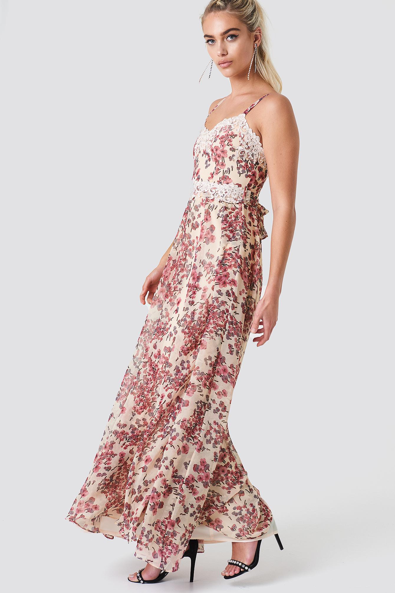Sukienka Eveline NA-KD.COM