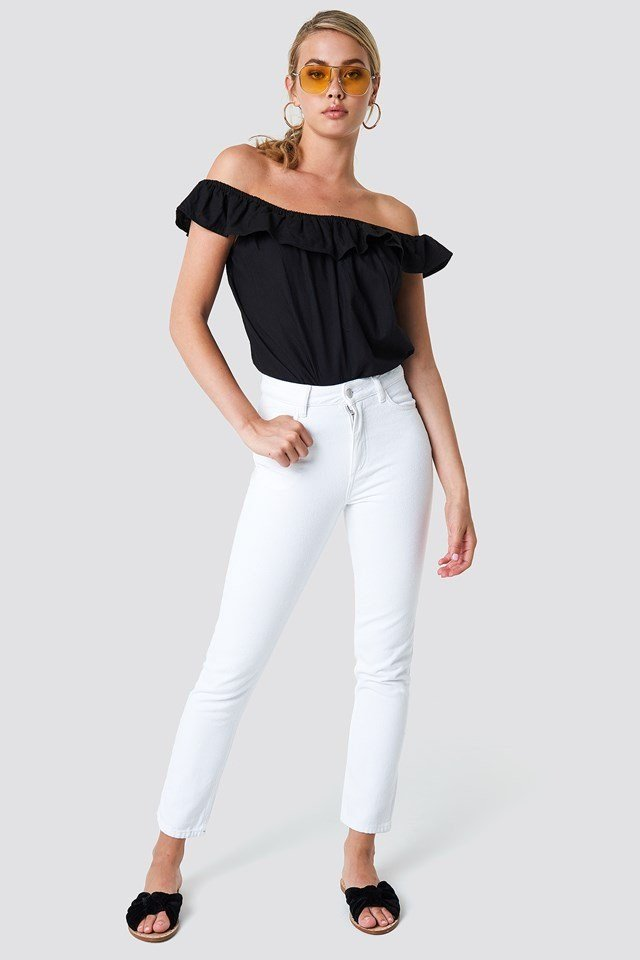 Off Shoulder with Skinny Jeans