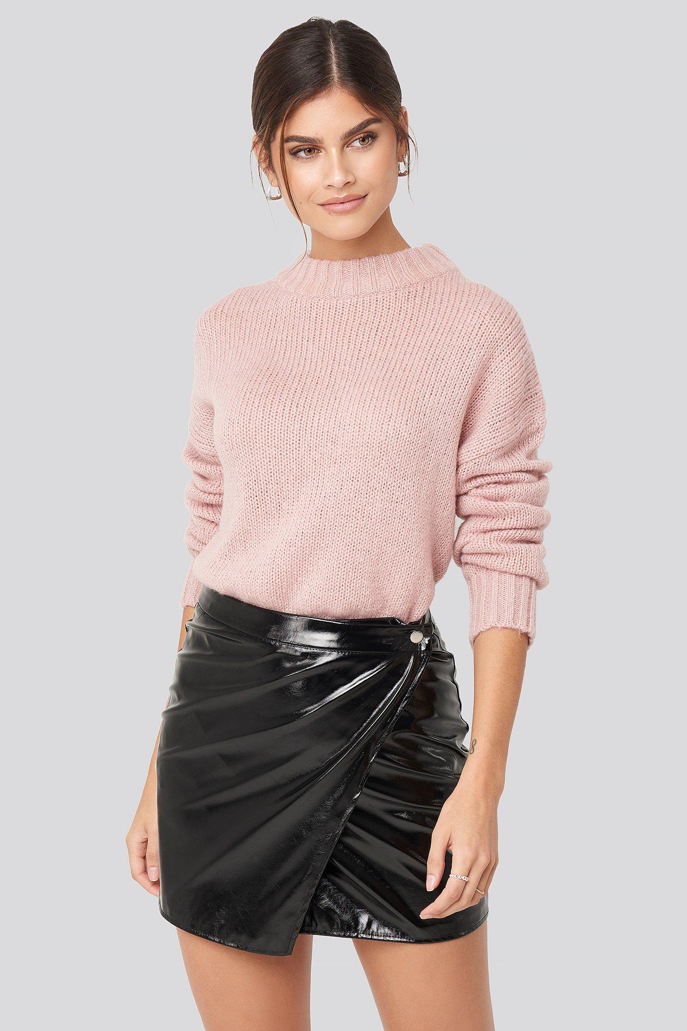 adorable caro x na-kd -  Patent Overlap Mini Skirt - Black