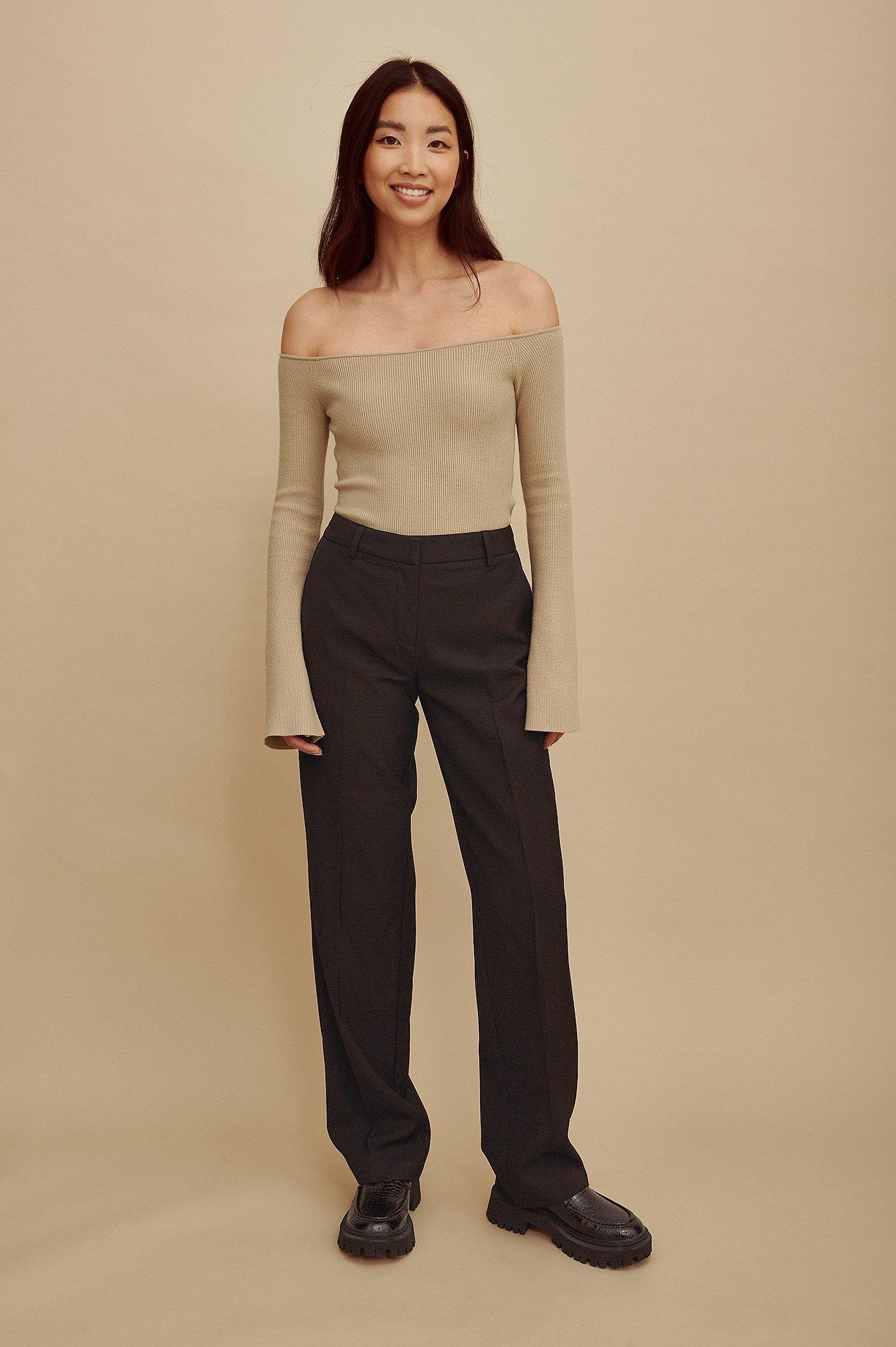 Amalie Star x NA-KD Genanvendte habitbukser med middelhøj talje - Black