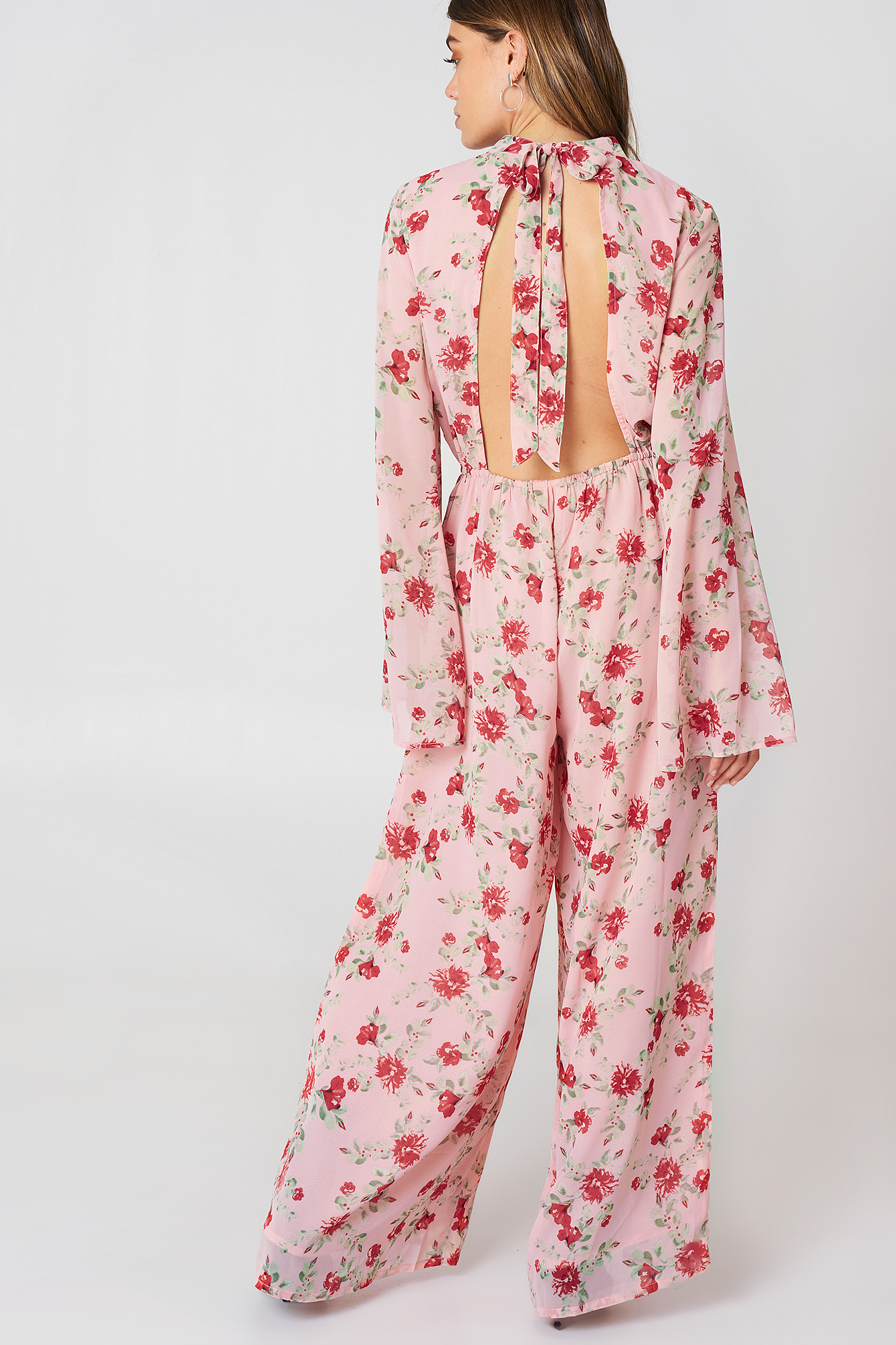 Cut Out Jumpsuit  NA-KD.COM