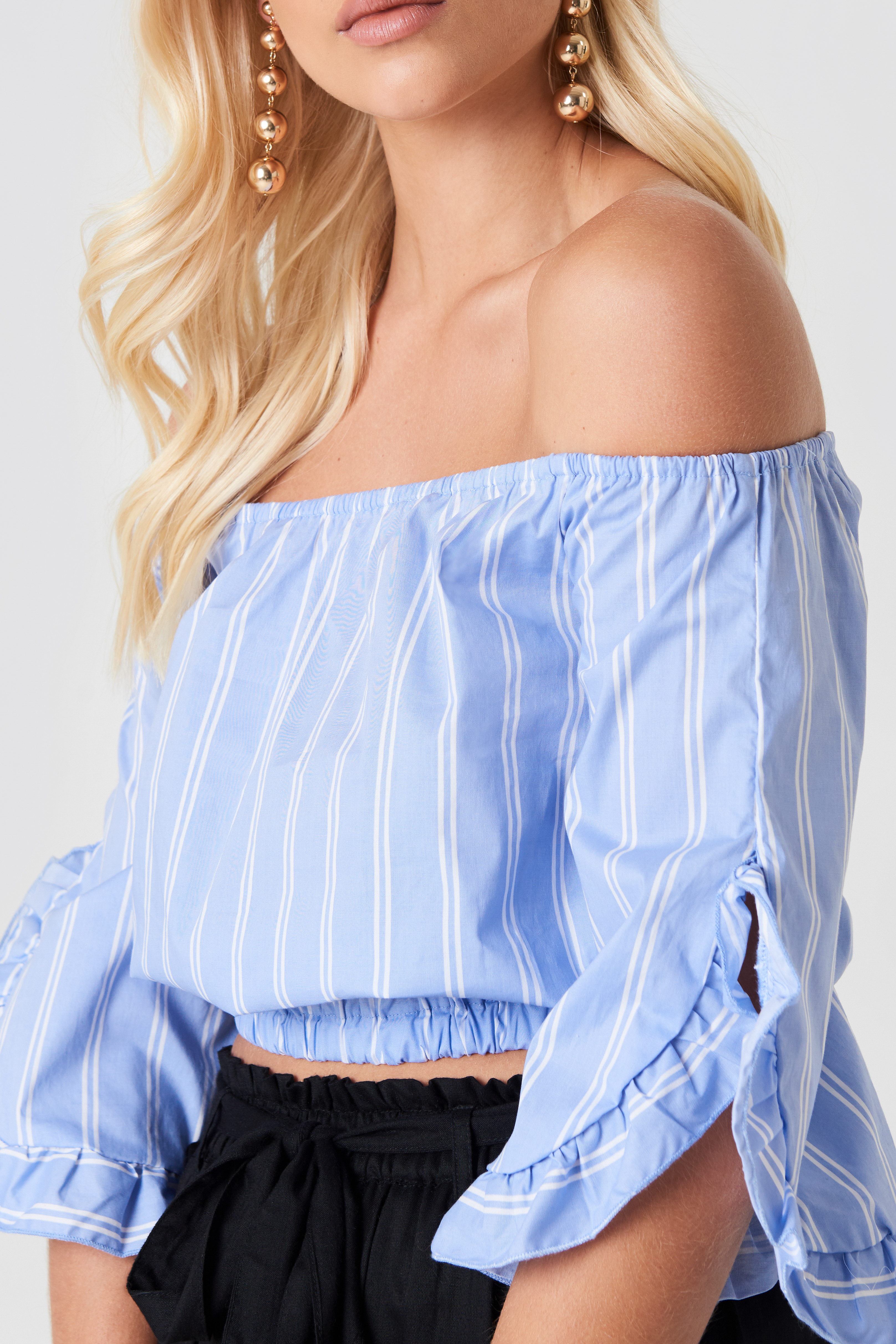 Off Shoulder Flare Frill Top NA-KD.COM