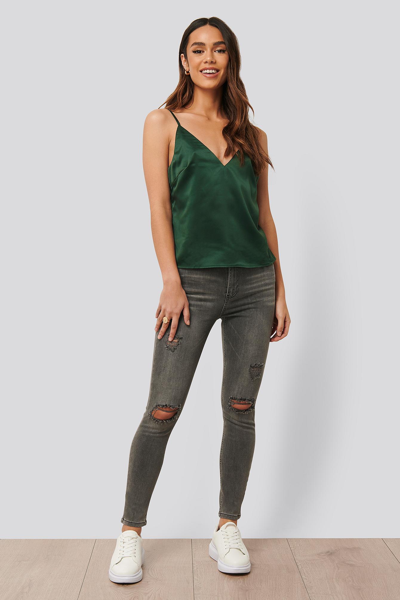 Anika Teller x NA-KD Smalle Jeans Med Huller - Grey