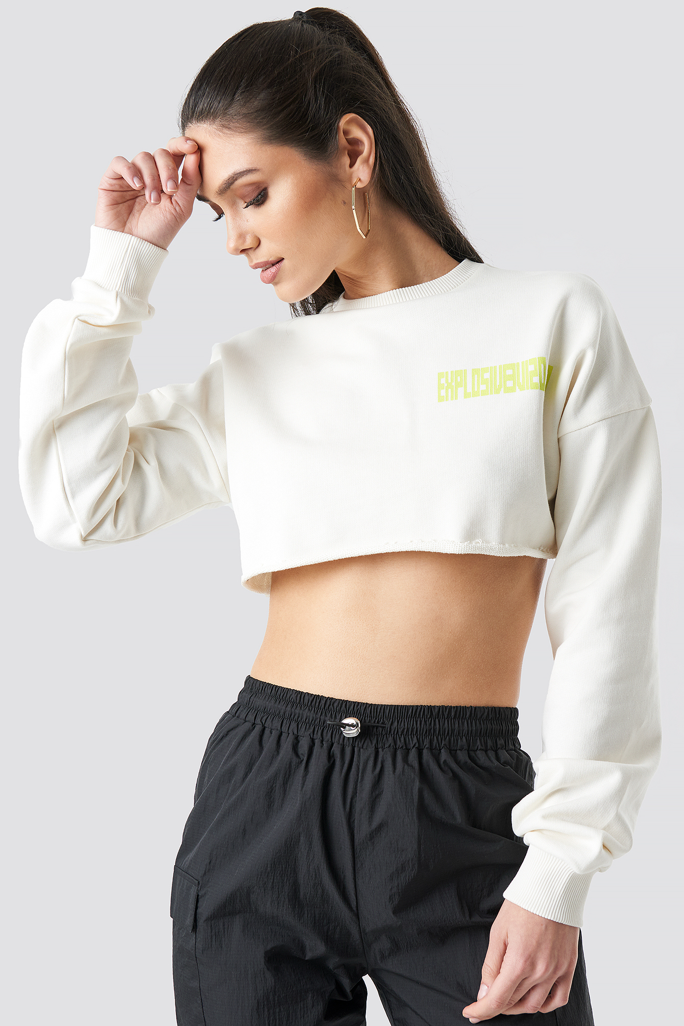 Explosive Raw Cropped Sweater NA-KD.COM