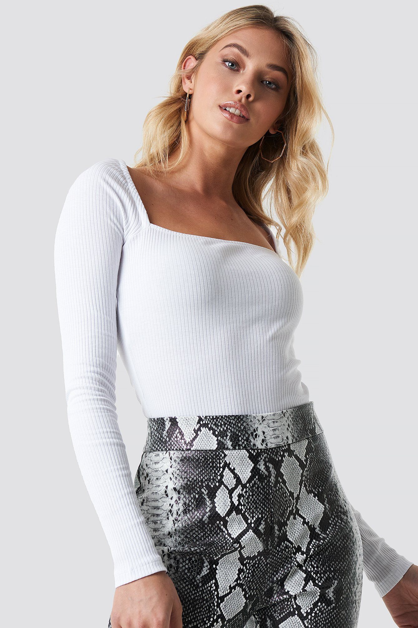 ANNA NOOSHIN X NA-KD Square Shape Ribbed Top - White