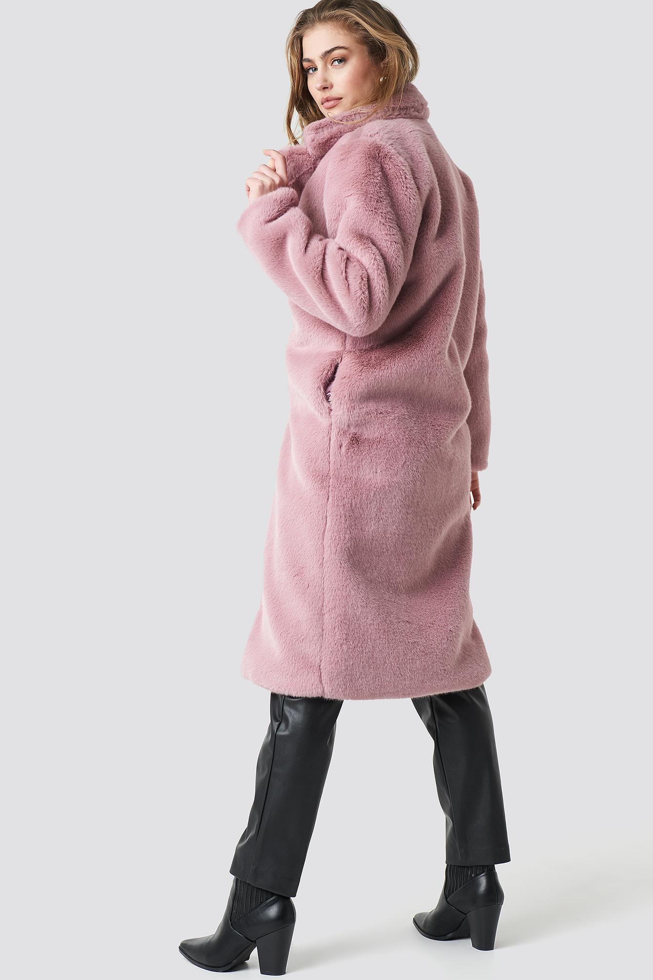 Dewi Faux Fur Coat NA-KD.COM