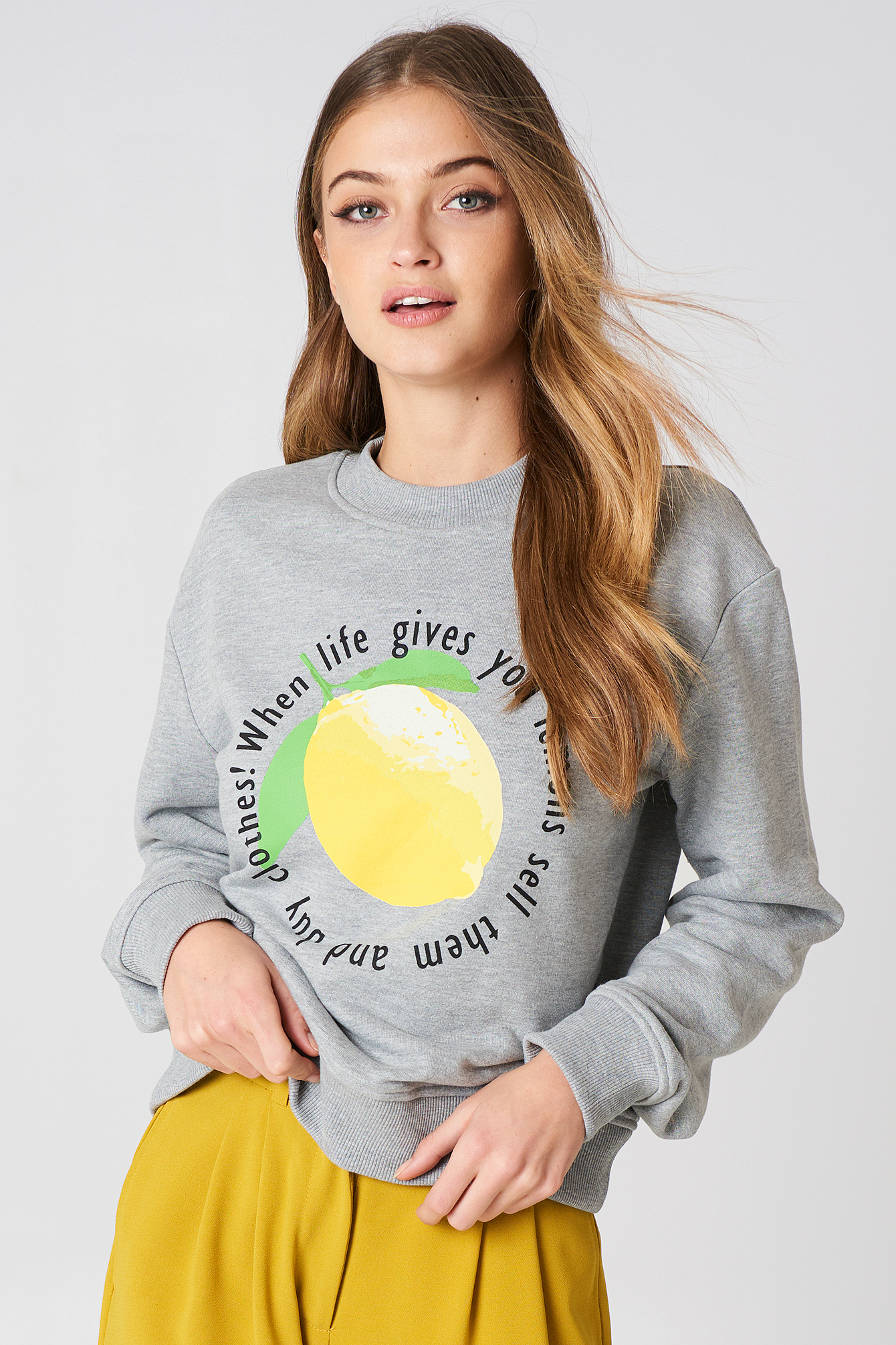 LEMON SWEATSHIRT - GREY