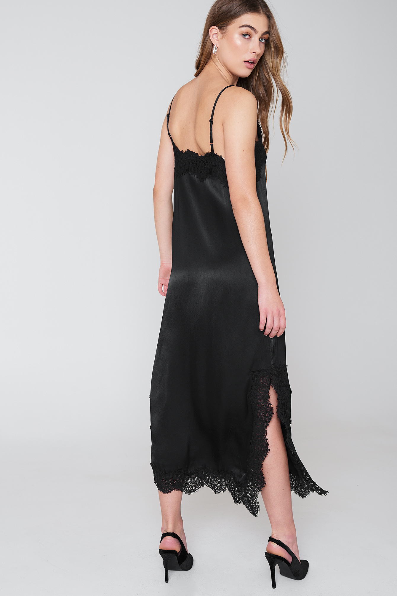Zoe Lace Slip Dress NA-KD.COM
