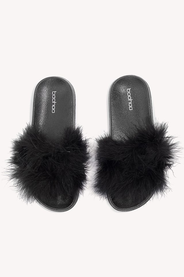 Feather Slider Sandal Black