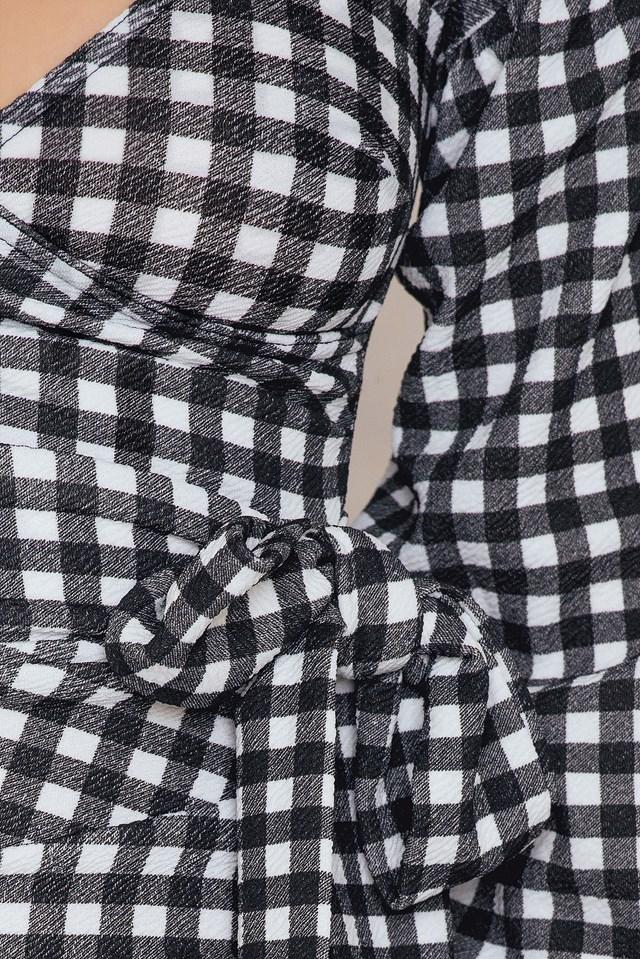 Gingham Ruffle Sleeve Dress Black/White