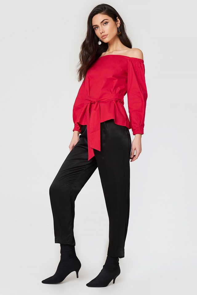 Tie Detail Top Red