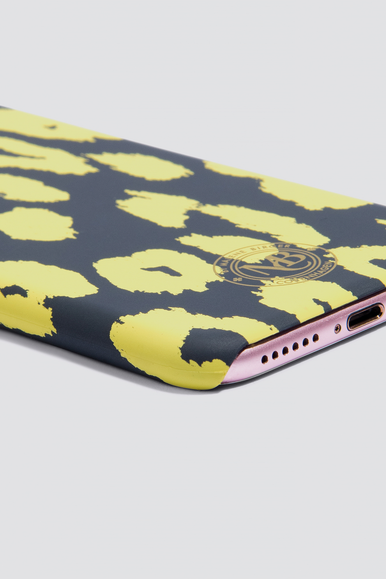Pamsy Leo Print iPhone 7/8 Case NA-KD.COM