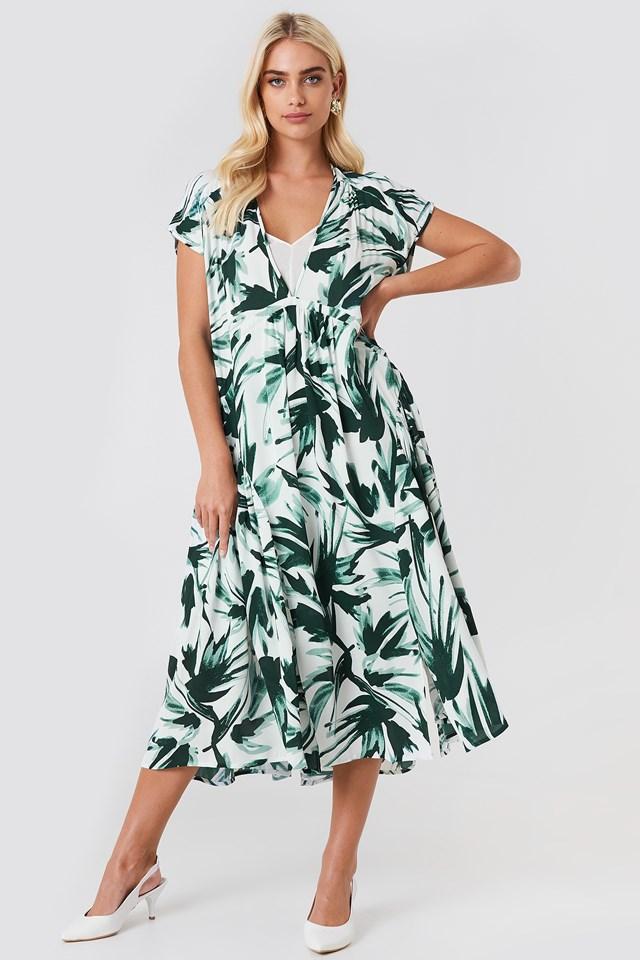 Summerlie Dress NA-KD.COM