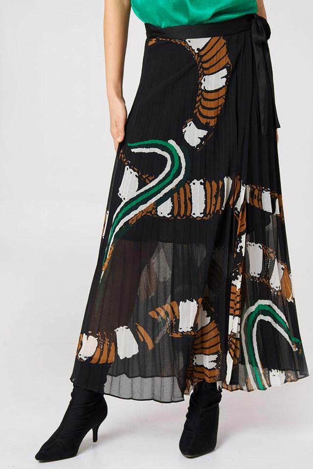 Weaver Skirt Black