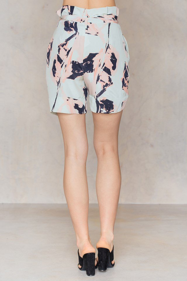 Allurisi Shorts Blossom