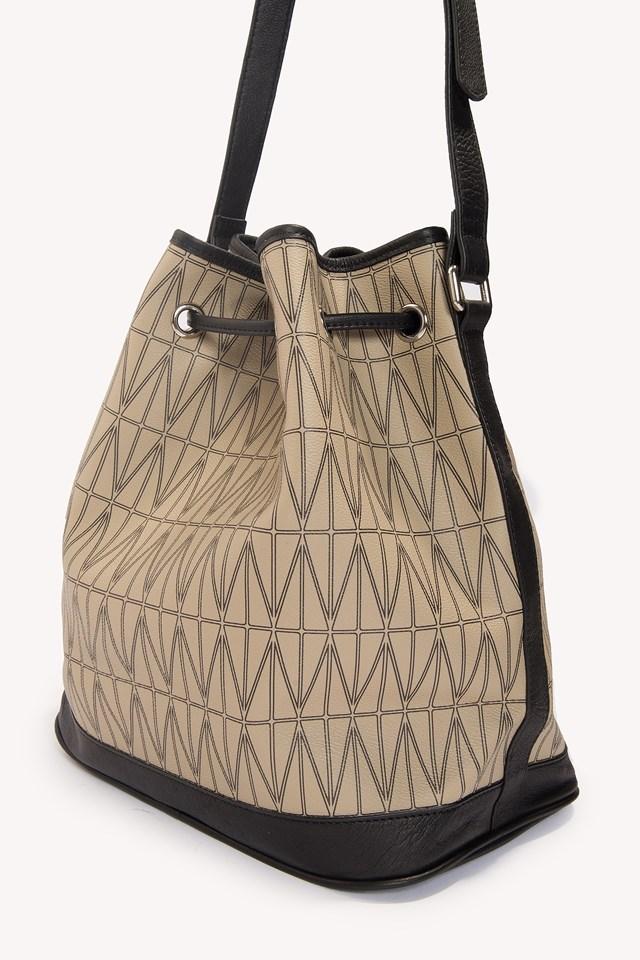 Bucket Bag Safari