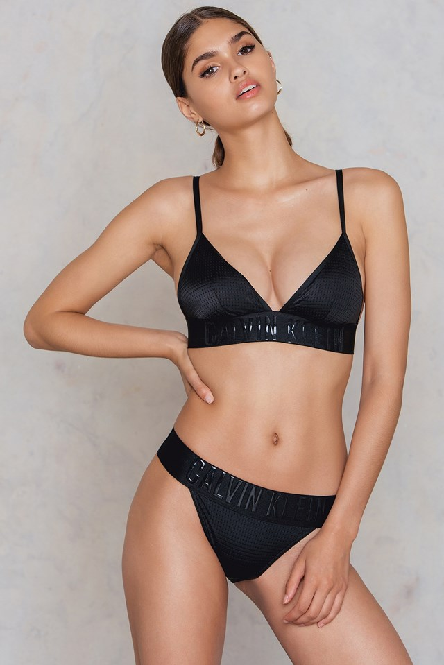 Fixed Triangle-RP Top Black