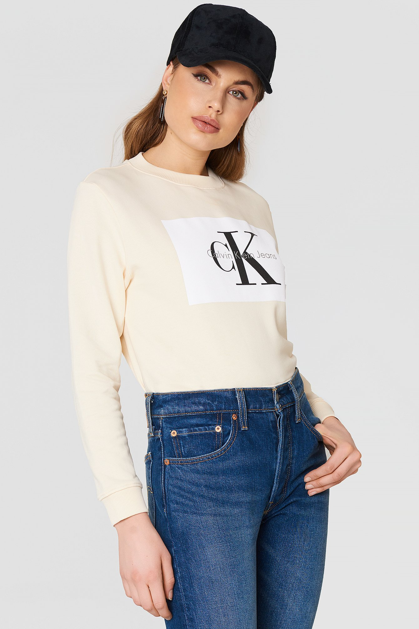 HEBE TRUE ICON SWEATER - OFFWHITE