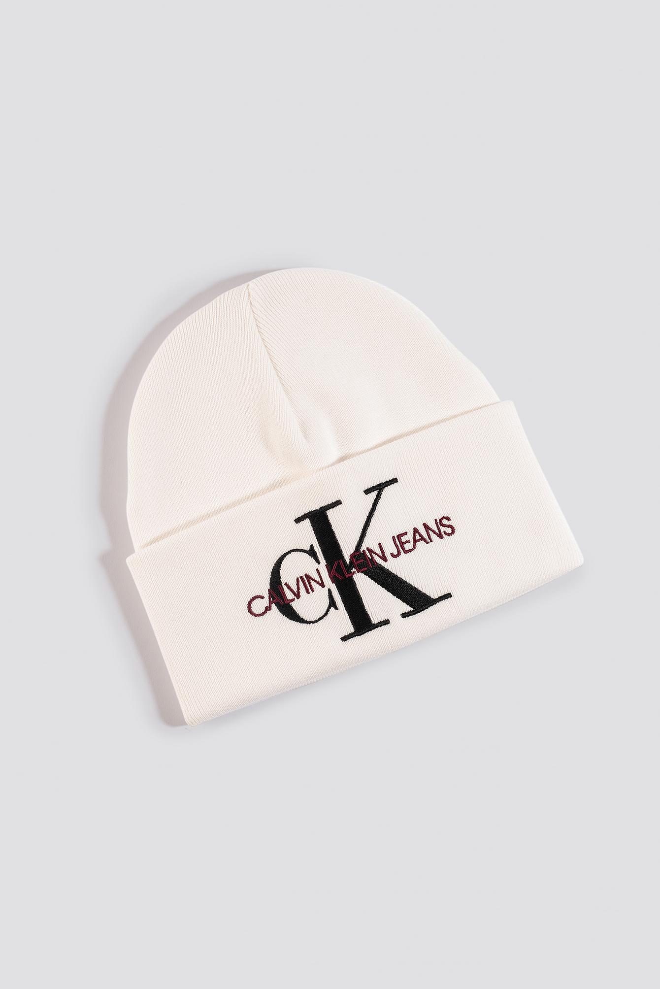 Calvin Klein J Basic Women Knitted Beanie Hat - White In Bright White