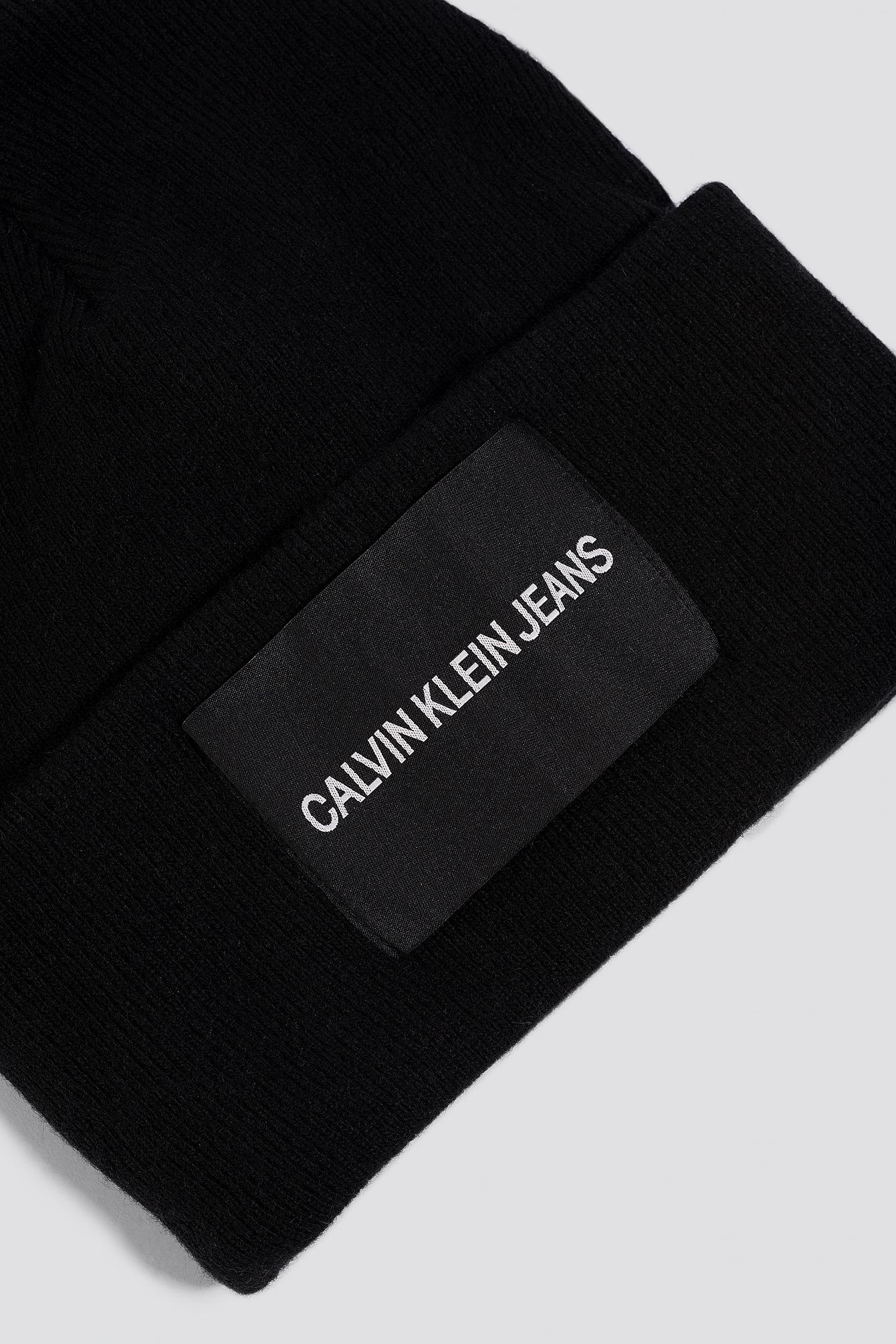 J Calvin Klein Beanie W NA-KD.COM