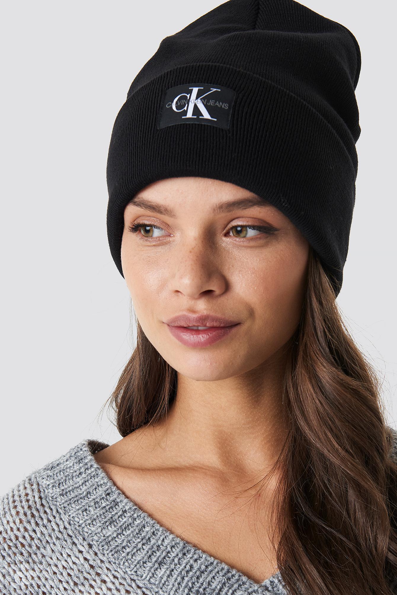 Calvin Klein J Monogram Beanie W - Black  f0ed6ea8a8f