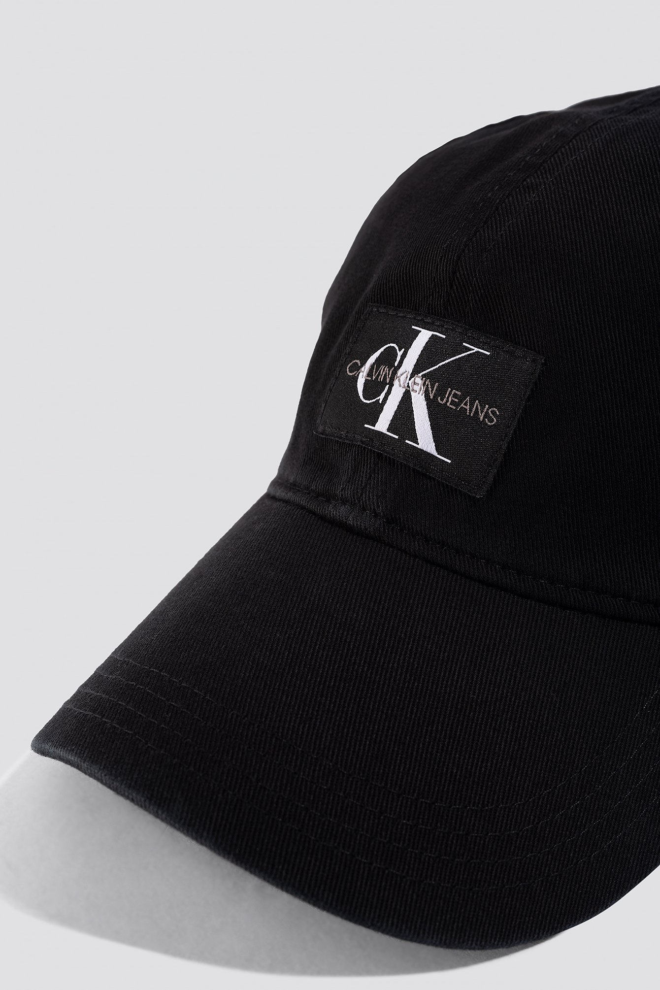 J Monogram Cap W NA-KD.COM