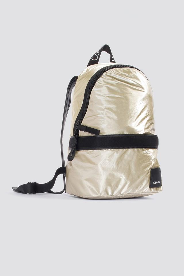 Metallic Fluid Backpack Light Gold