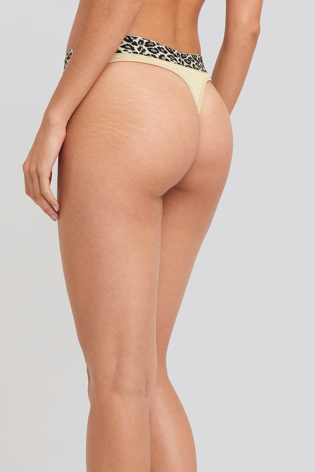 Micro Coordinate Thong Oxford Tan