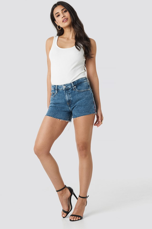 Mid Rise Weekend Shorts Iconic Mid Stone