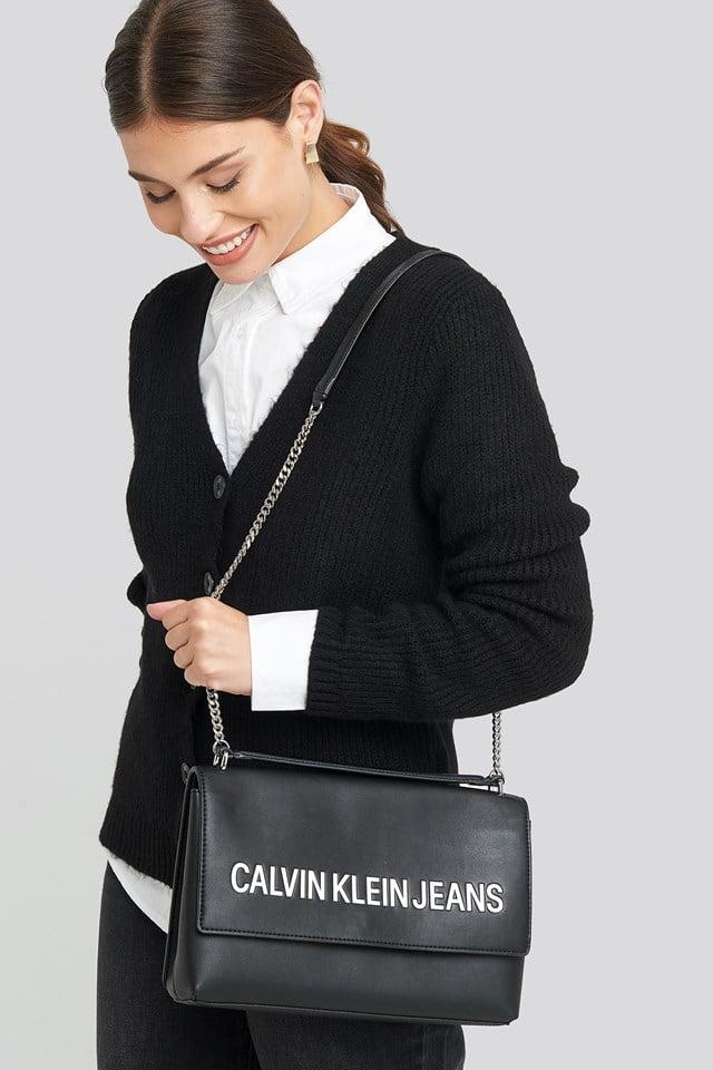 Sculpted Lg Ew Flap Bag Black