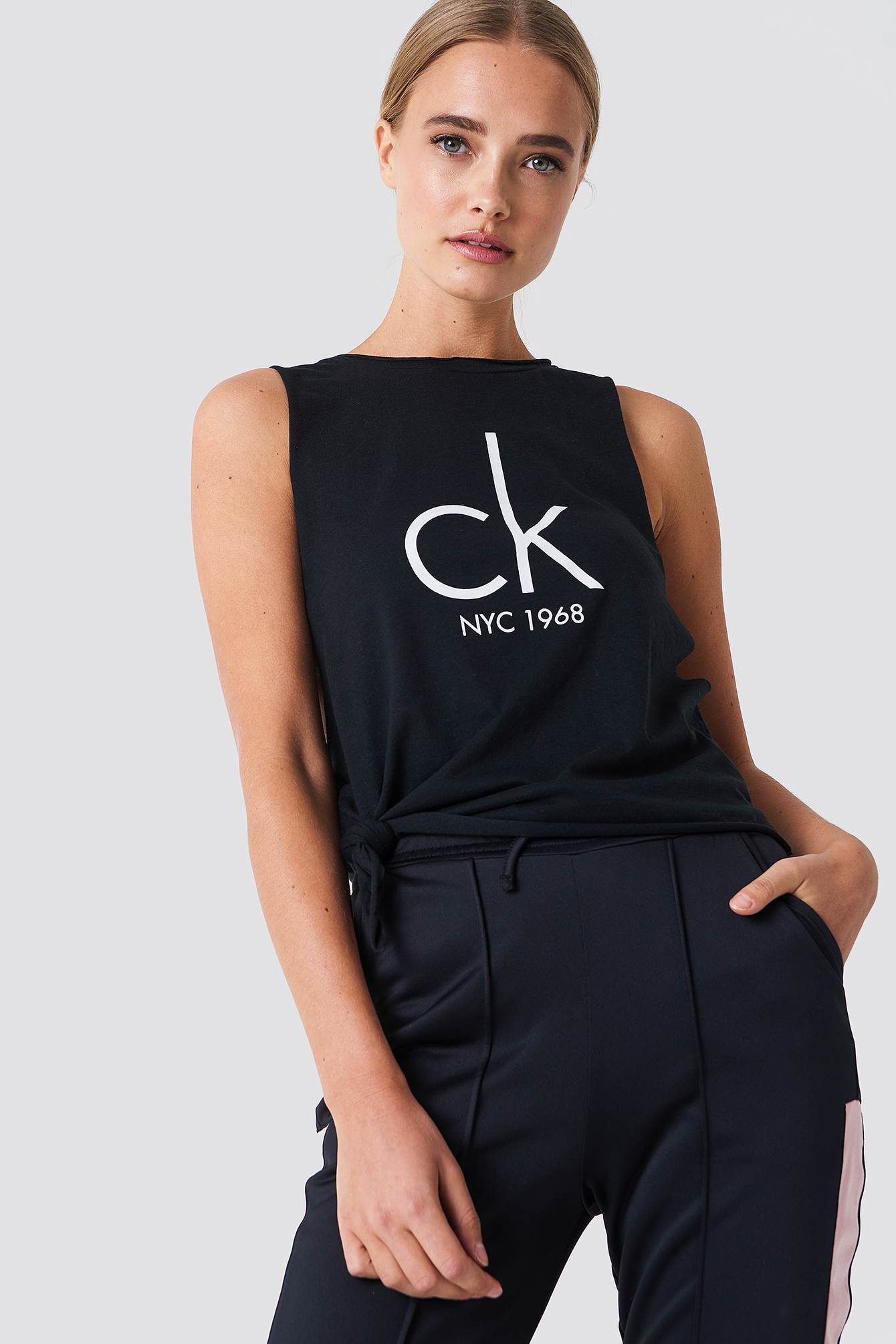 Side Knot Tank Top NA-KD.COM