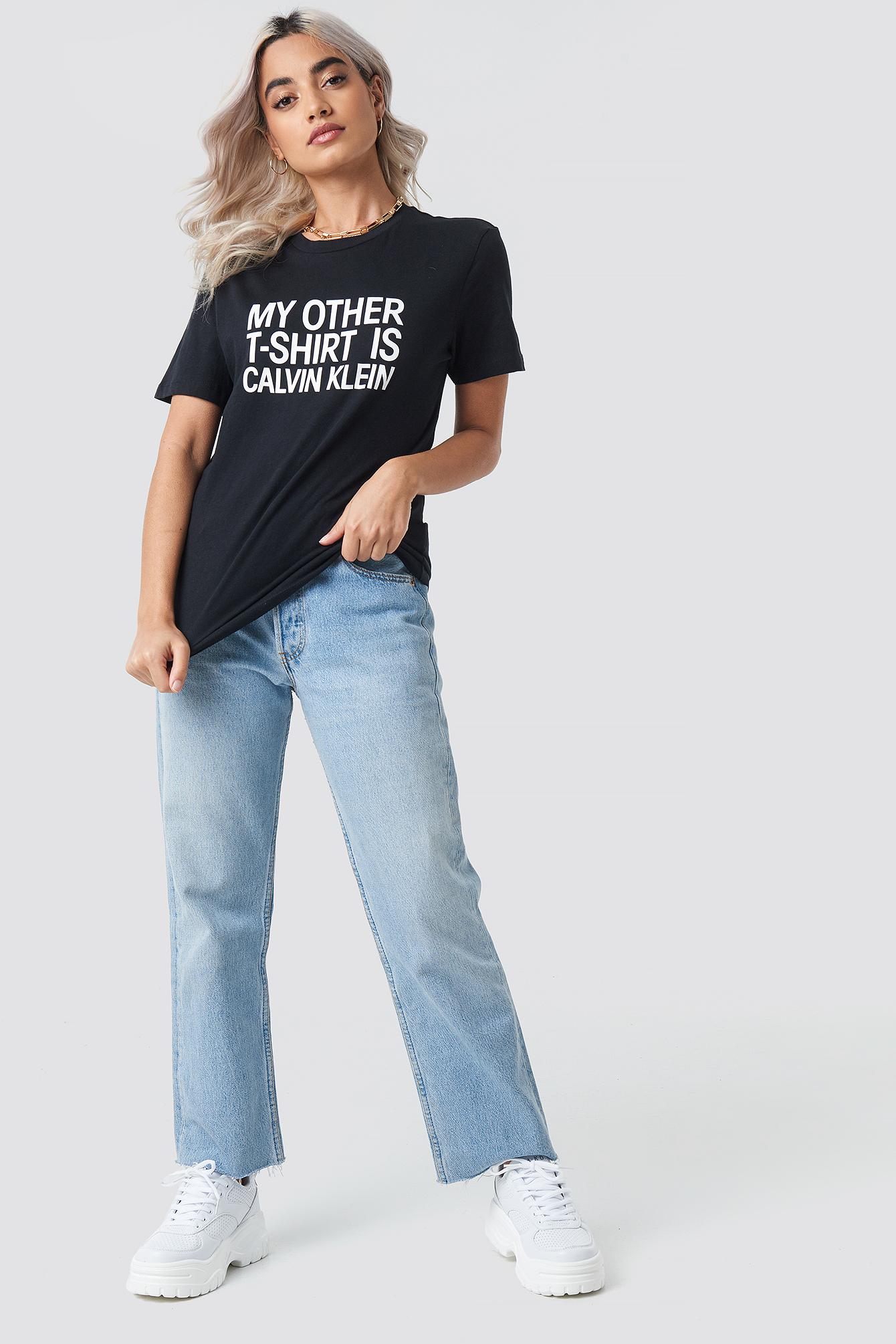 Slogan Straight Tee NA-KD.COM