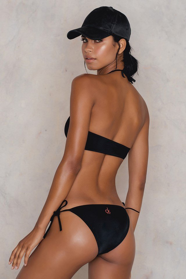 Dół bikini z wiązaniem po bokach Black